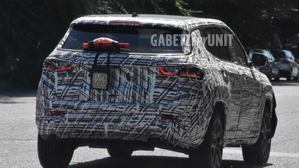 Jeep Compass 2022 facelift spied (2)