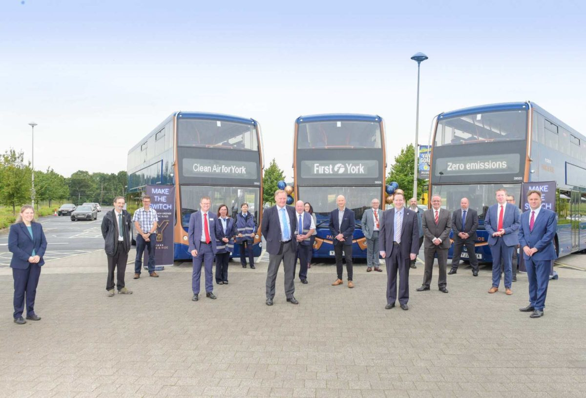 Optare delivers first of 21 battery electric Metrodecker EV with First Y… (1)