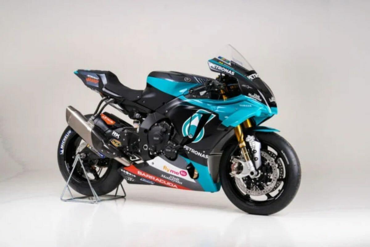 Petronas Yamaha YZF R1 Replica (2)