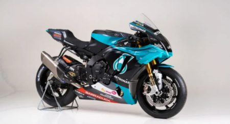 The Petronas Yamaha YZF-R1 Replica Comes Really Close To The YZF-M1
