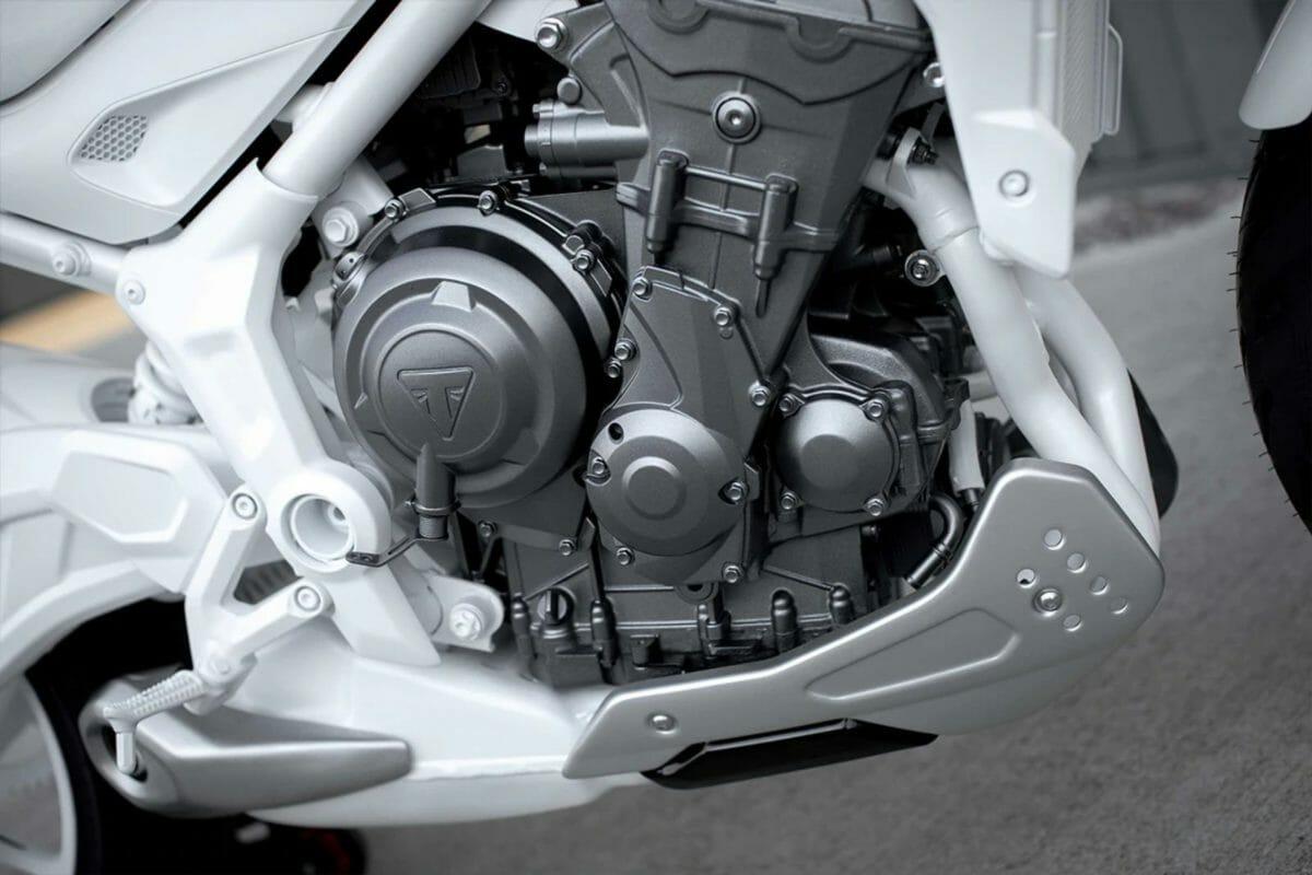 Triumph Trident 2021 (4)