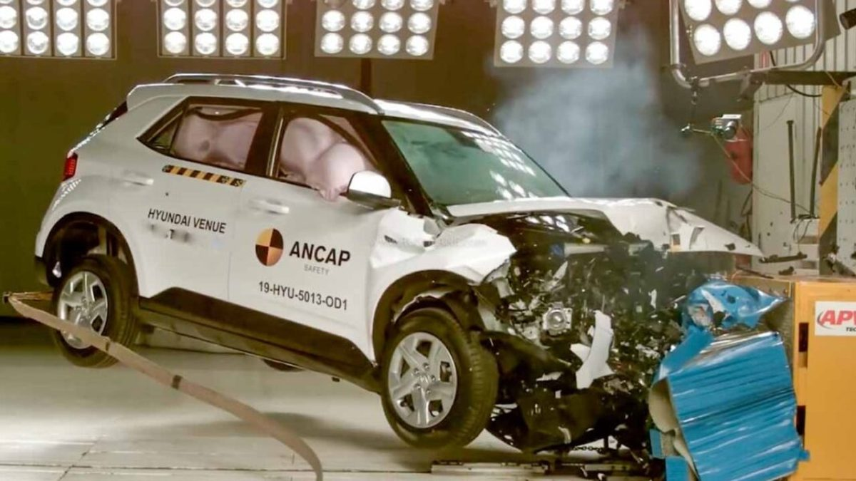 hyundai venue kia sonet crash test 1068×601