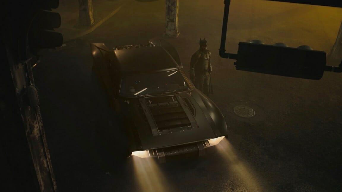 the batman batmobile_100738780_h