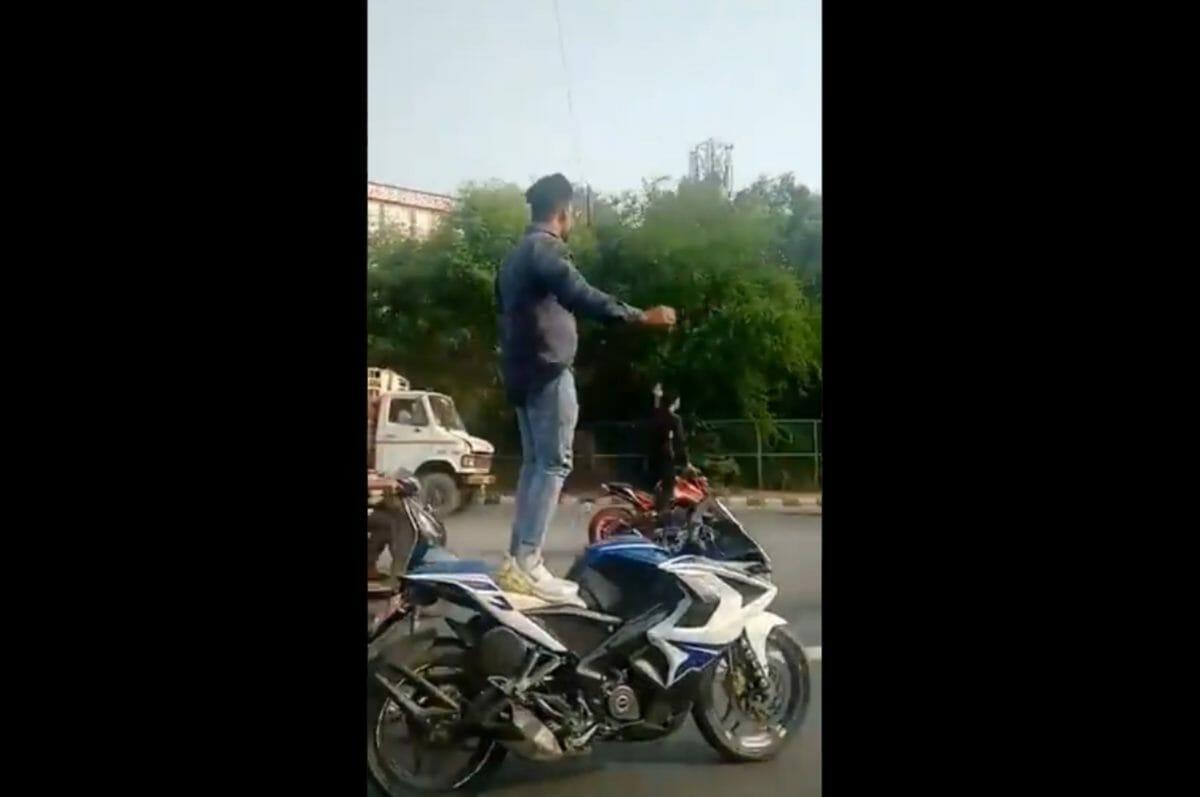Delhi stunters busted (1)