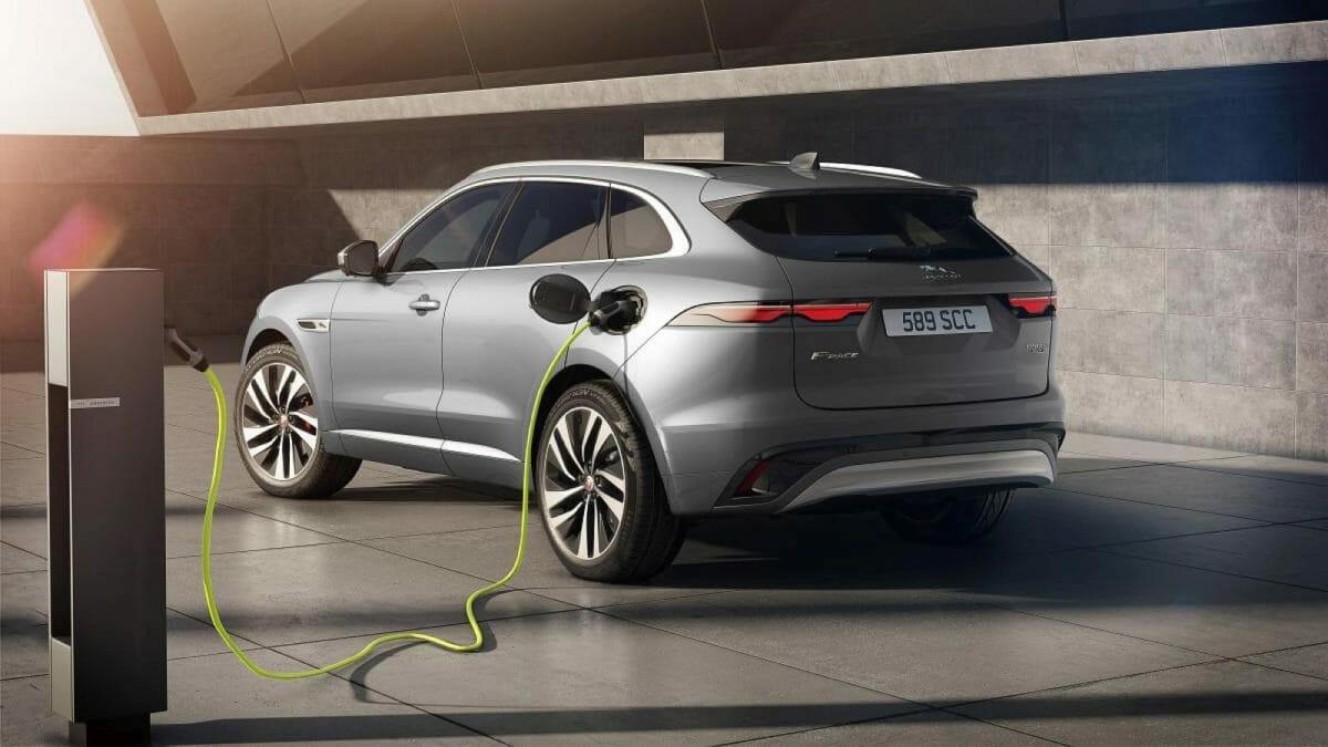 Jaguar F Pace Hybrid facelift