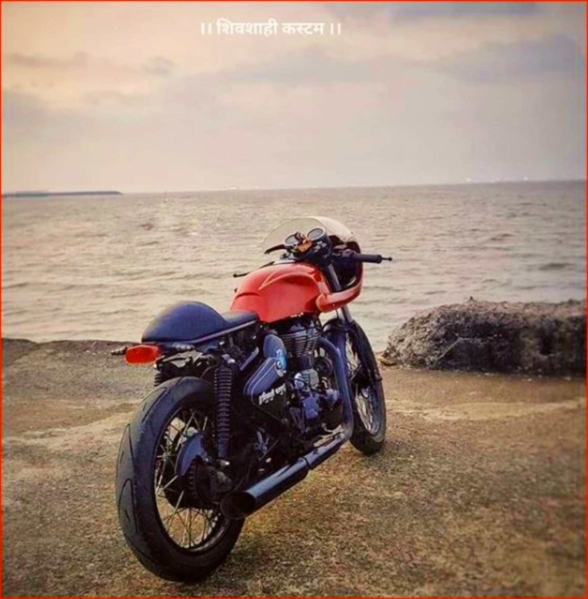 Customized Royal Enfield Classic 350 (1)