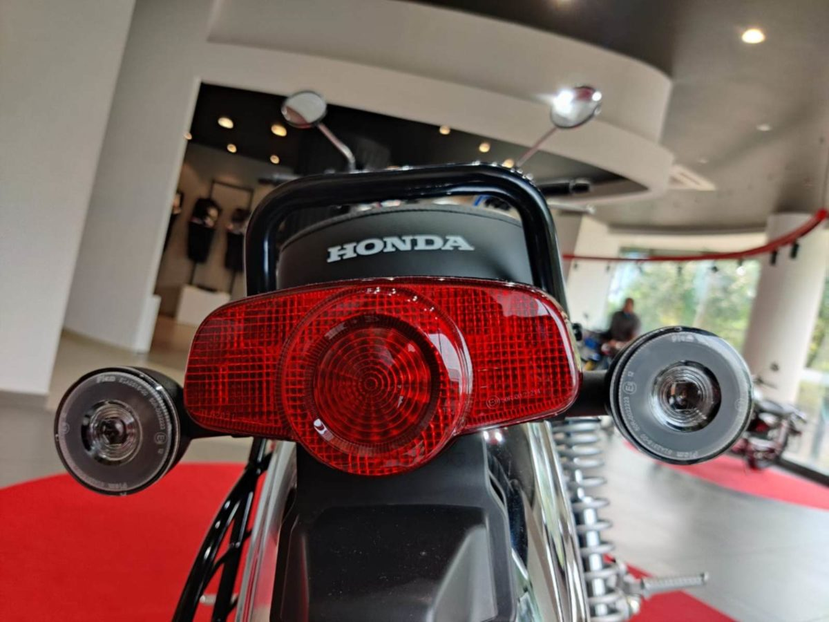 Honda H'ness CB350 walkaround (3)