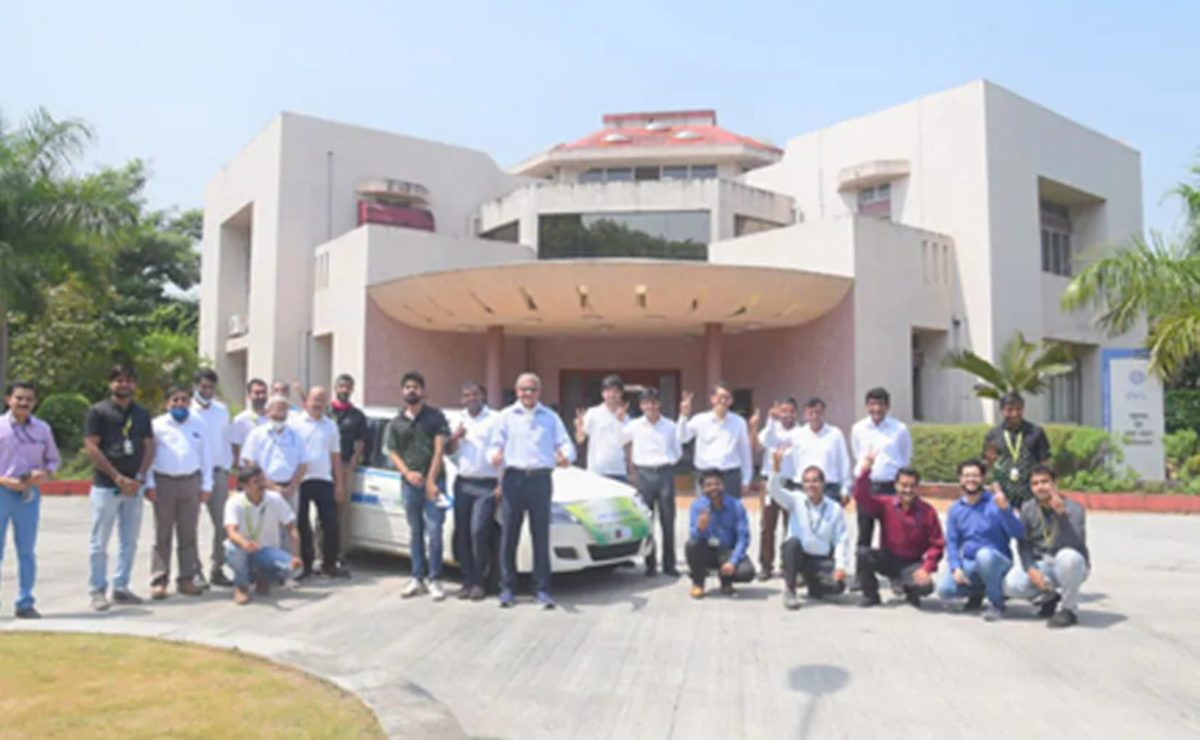KPIT And CSIR Successfully Test India's First Indigenous Fuel Cell Vehicle Prototype