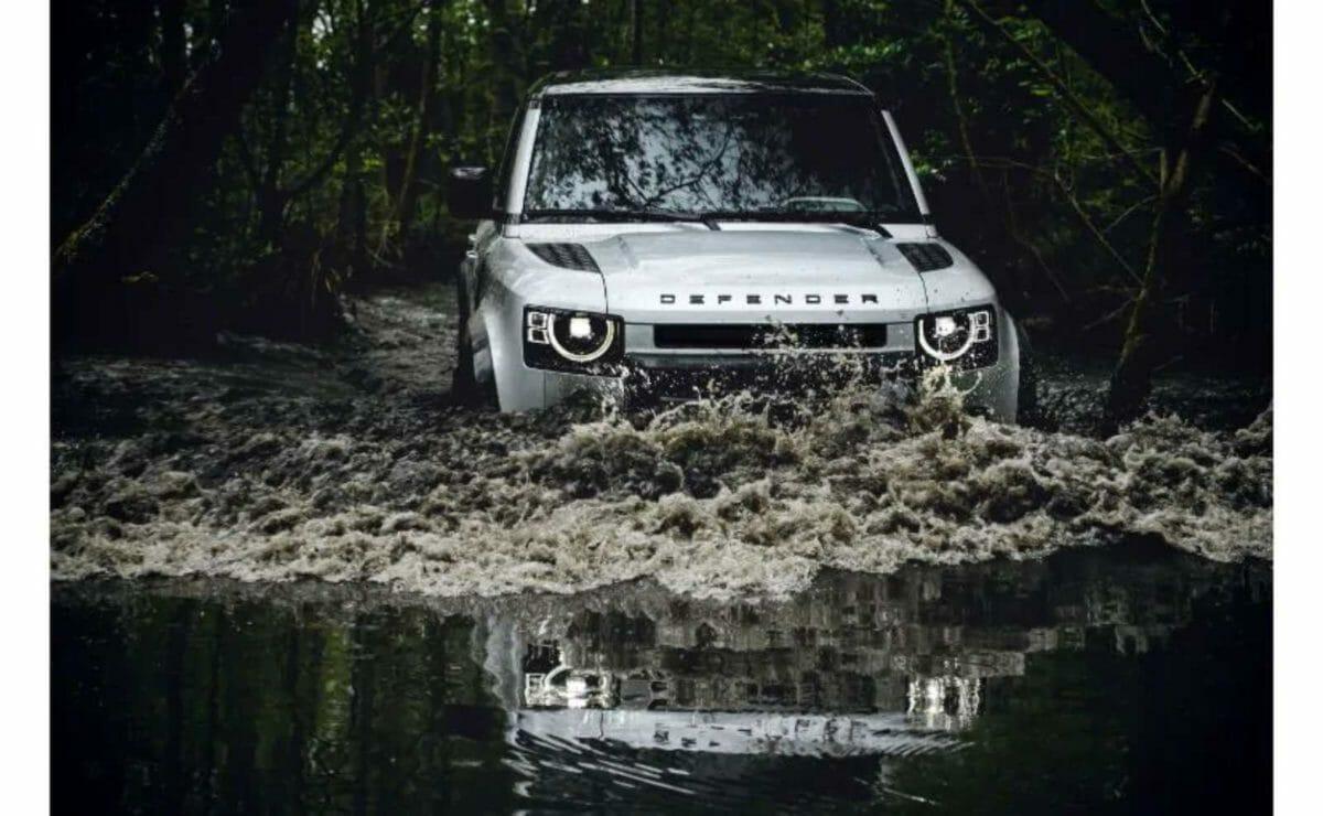 Land Rover defender (2)
