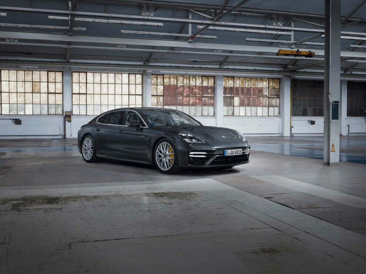 Porsche panamera turbo SE Hybrid (3)