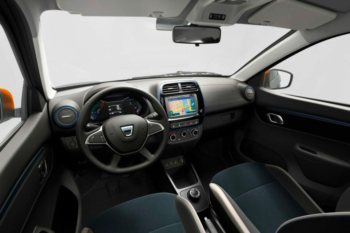 Renault Kwid EV Dashboard (1)