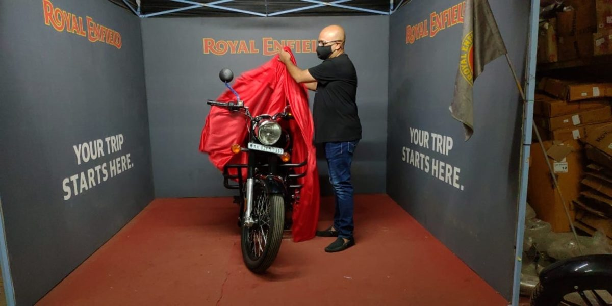 Royal Enfield motorcycle delivery (1)