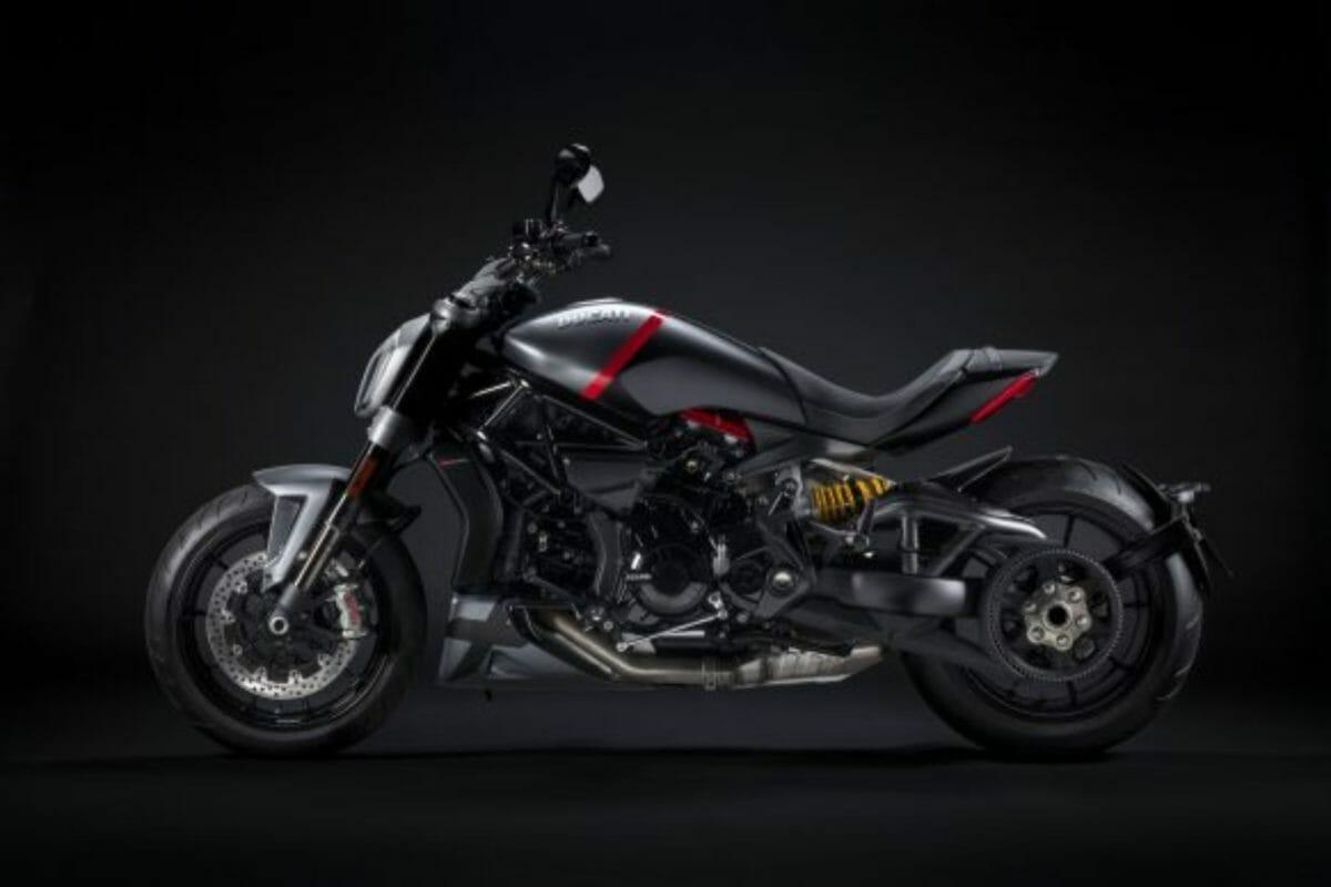 Ducati XDiavel 2021 Black Star (1)