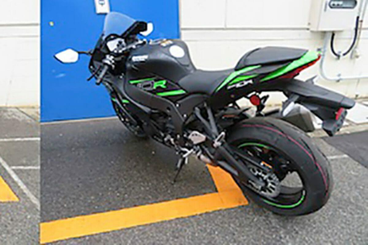 Kawasaki Ninja ZX 10R leaked (1)