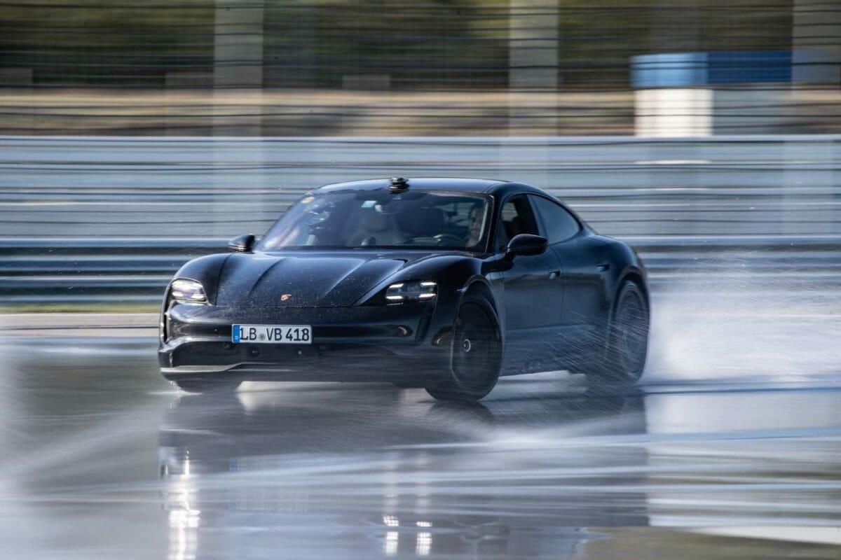 Porsche Taycan World Record Drift (2)