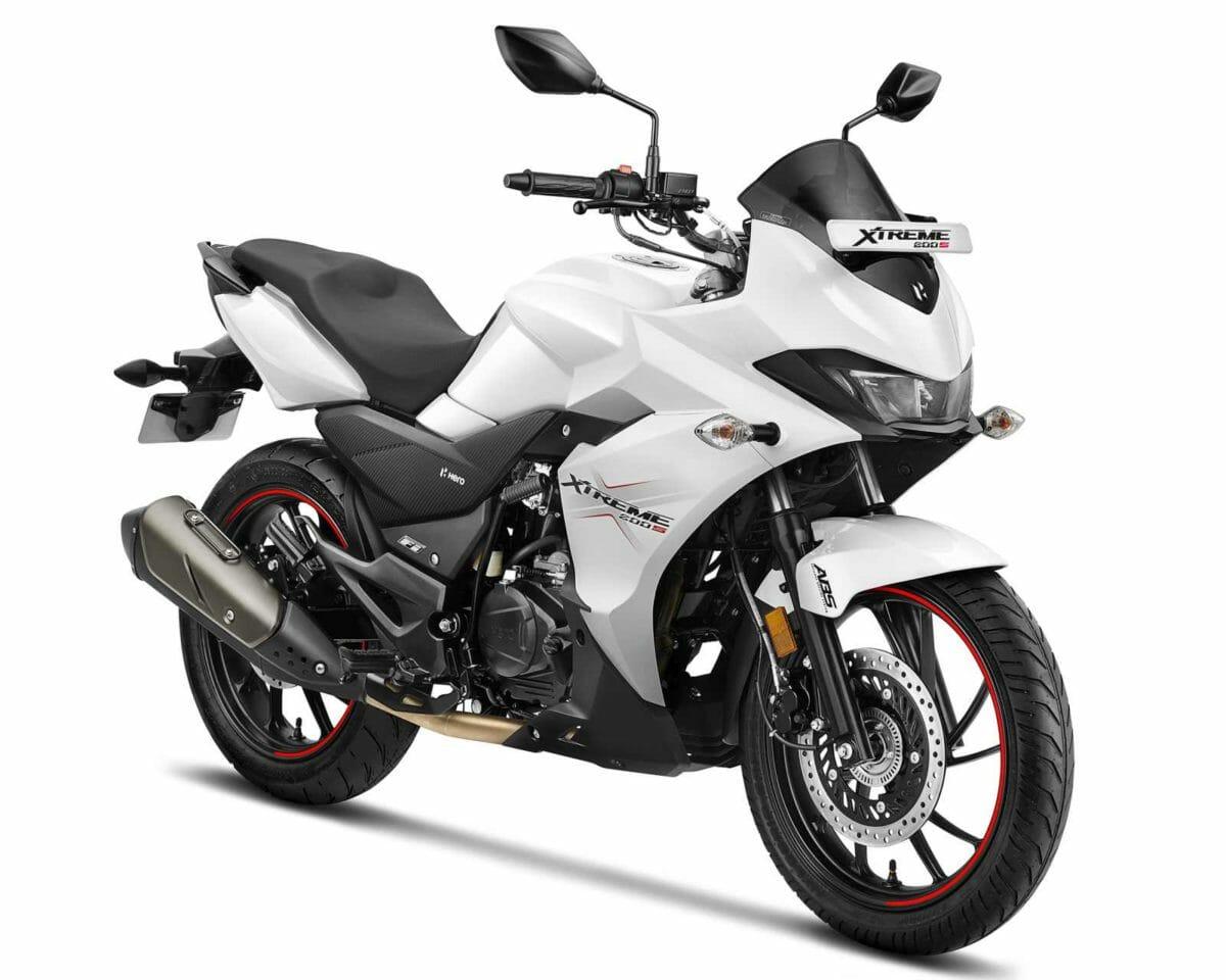 Xtreme 200S BS VI