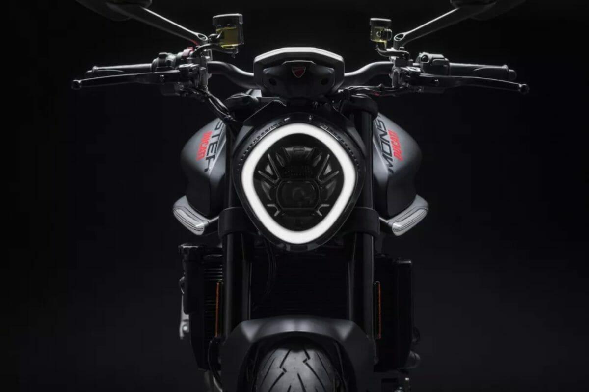 All new Ducati Monster 2021 (1)