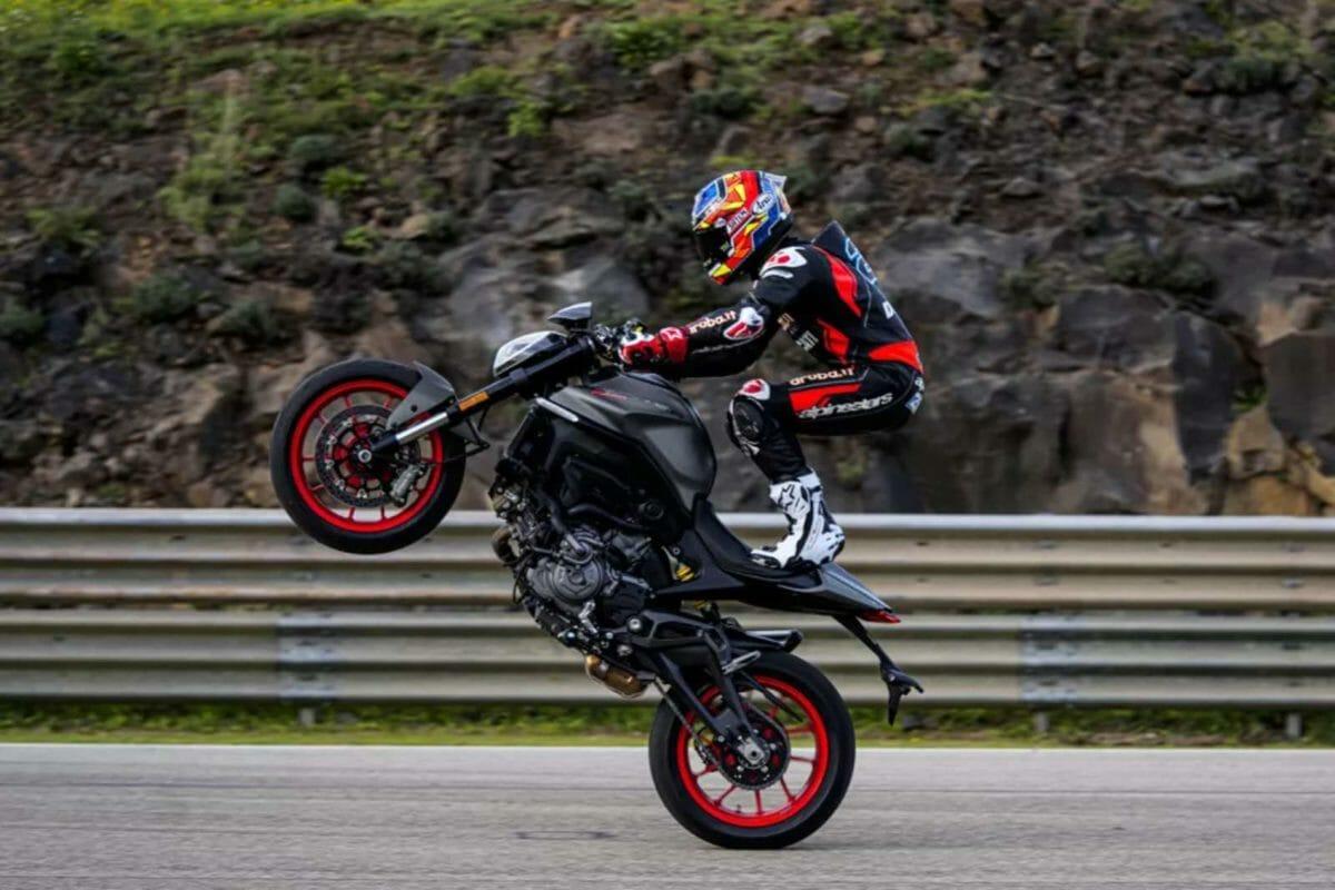 All new Ducati Monster 2021 (4)