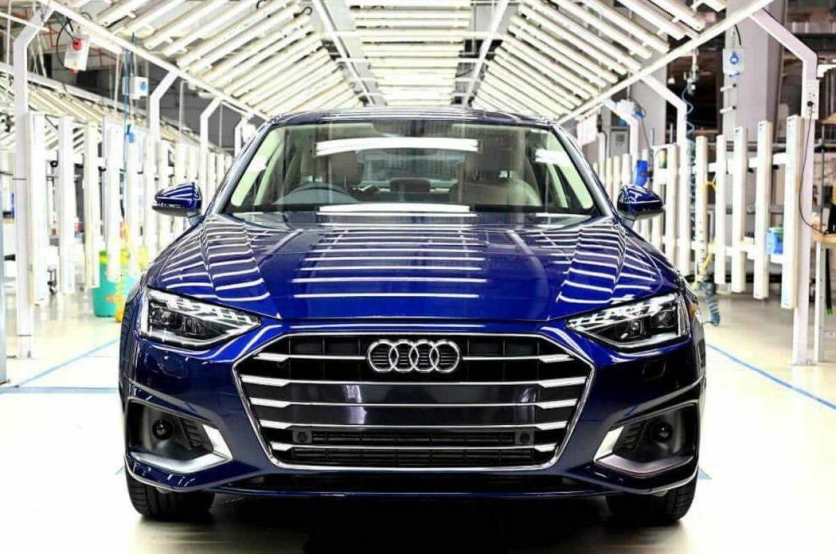 Audi A4 facelift assembly line