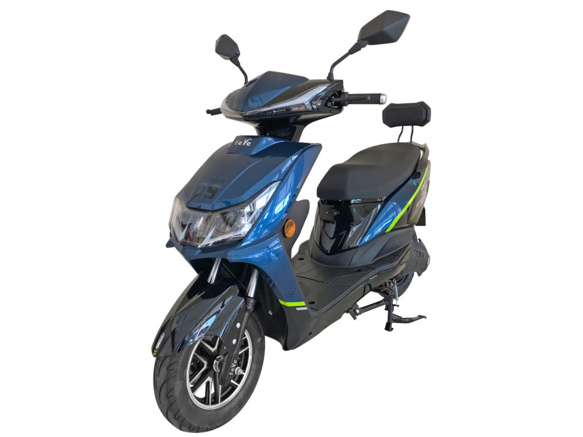 Eeve Electric scooters – Atreo and Ahava (1)