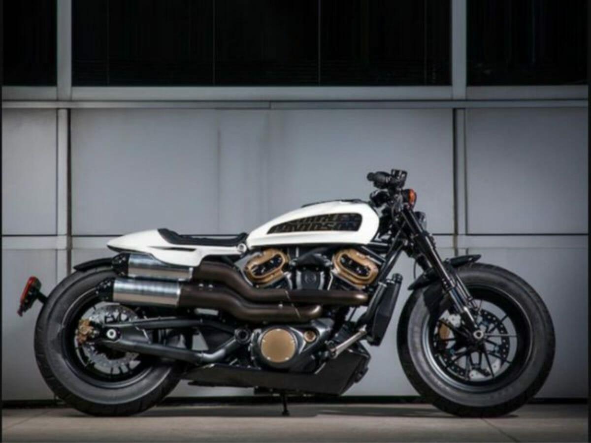 Harley Custom 1250 (1)