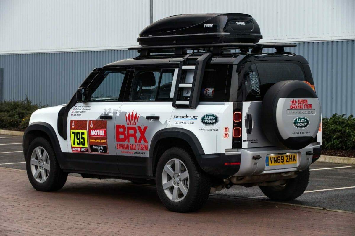 Land Rover Defender Dakar Rally (1)