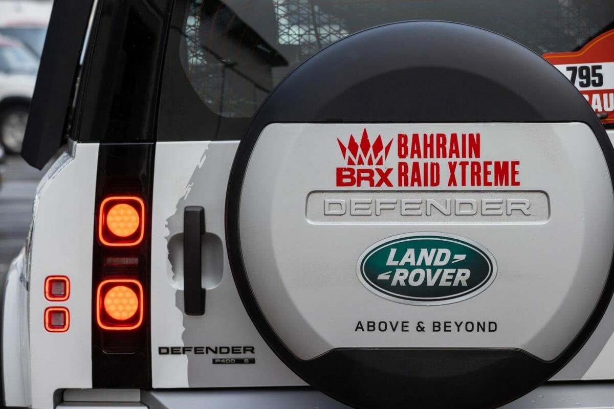 Land Rover Defender Dakar Rally (2)