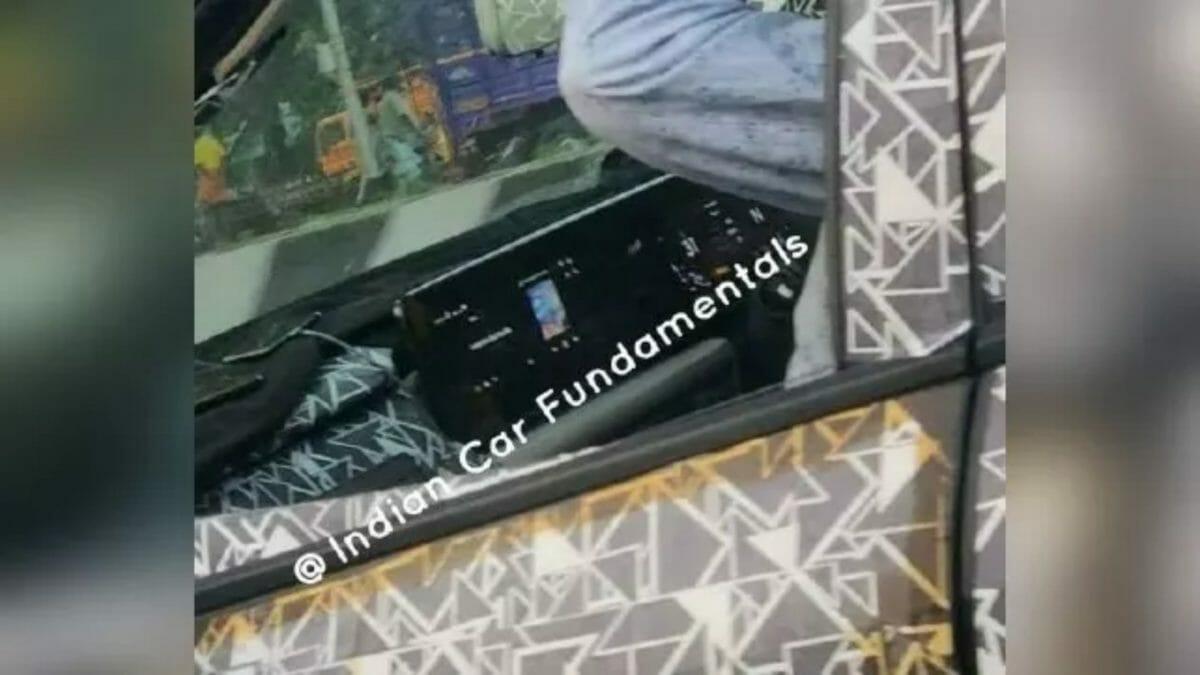 Mahindra XUV500 spied