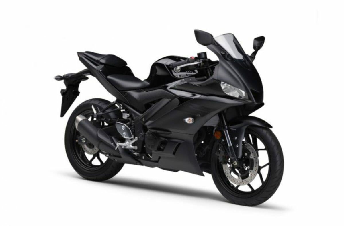 Yamaha R3 2021 (1)