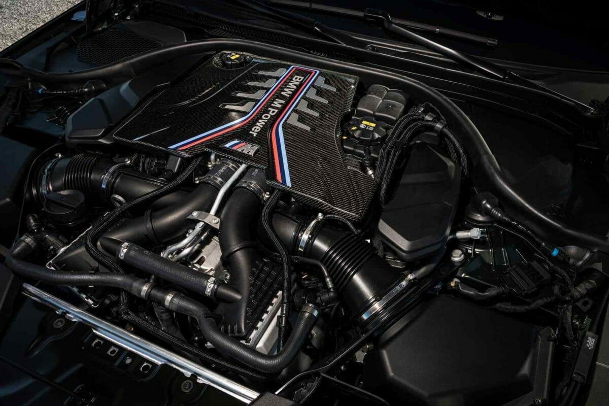 BMW M5 CS (2)