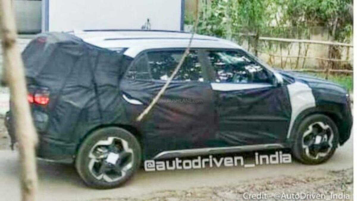 Hyundai Creta 7 seater spied