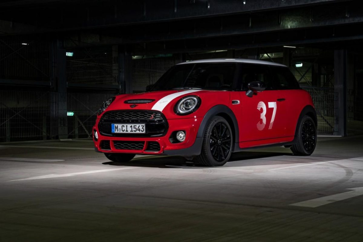 Mini Cooper Paddy Hopkirk edition