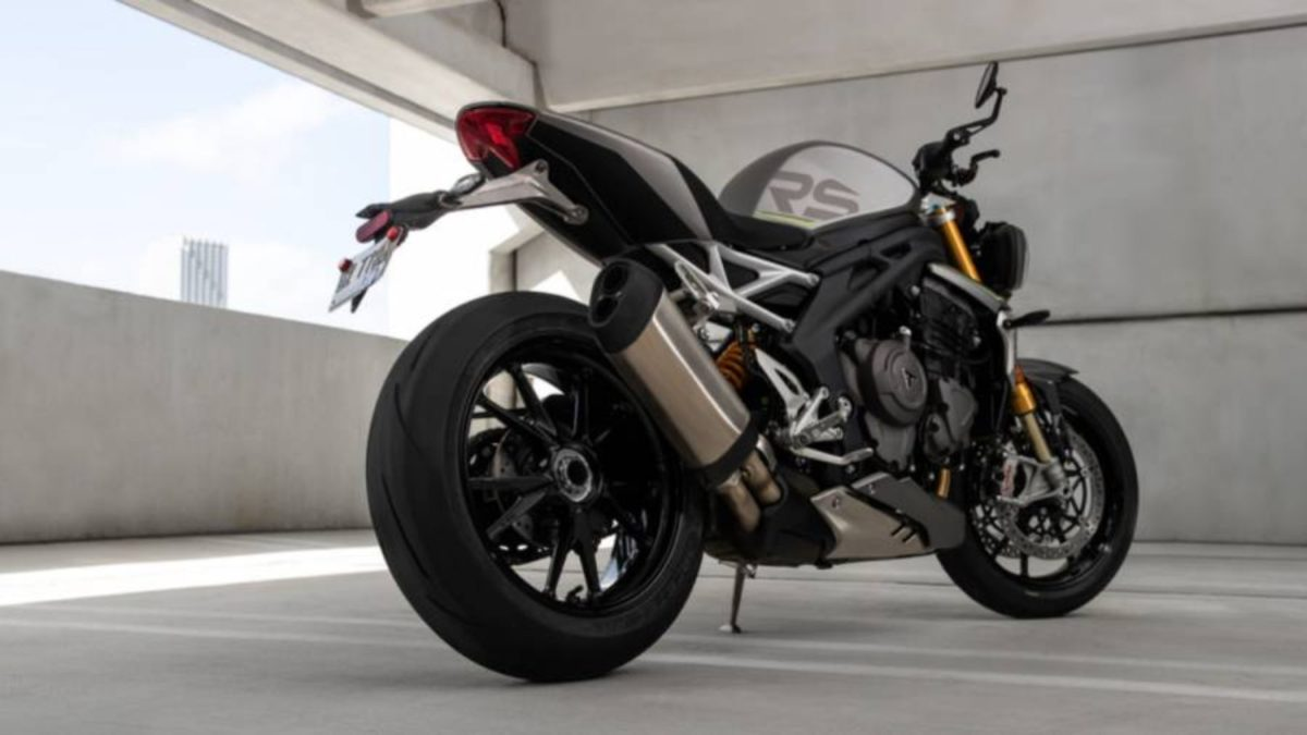 Triumph Speed Triple 1200 RS (2)