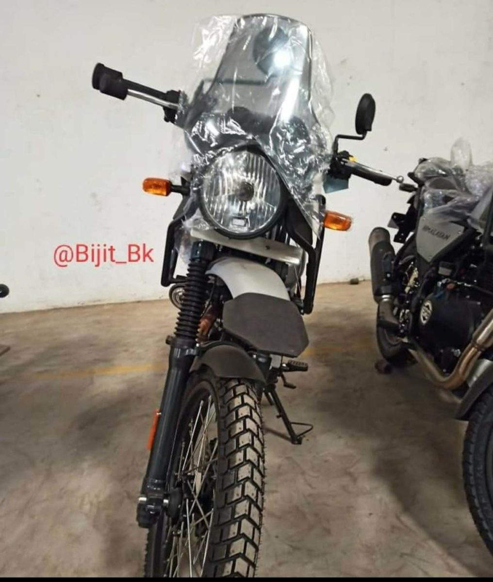 2021 Royal Enfield Himalayan Spied (1)