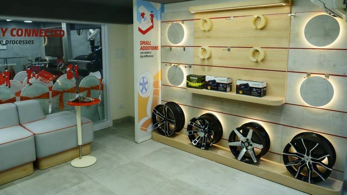 Bridgestone Select Plus Store India