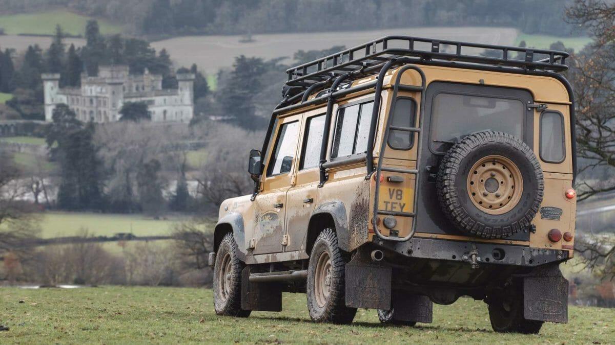 Land Rover Classic_Defender Works V8 Trophy Rear