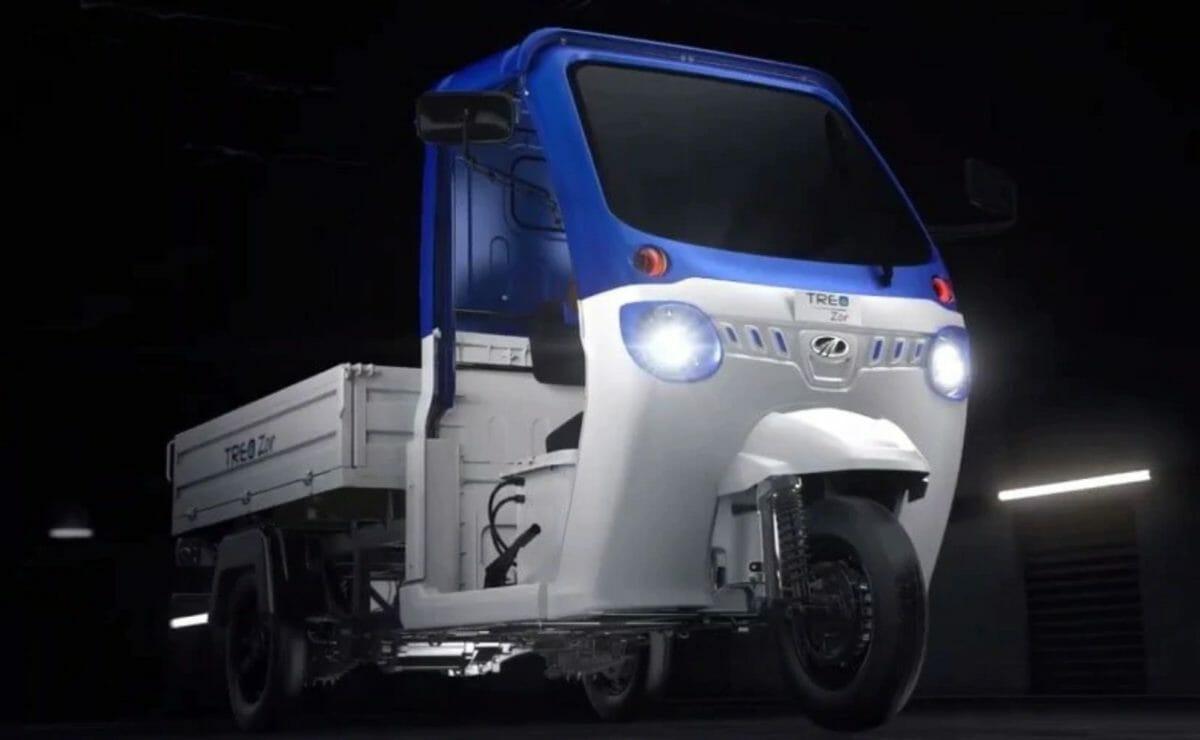 Mahindra Amazon EV (1)