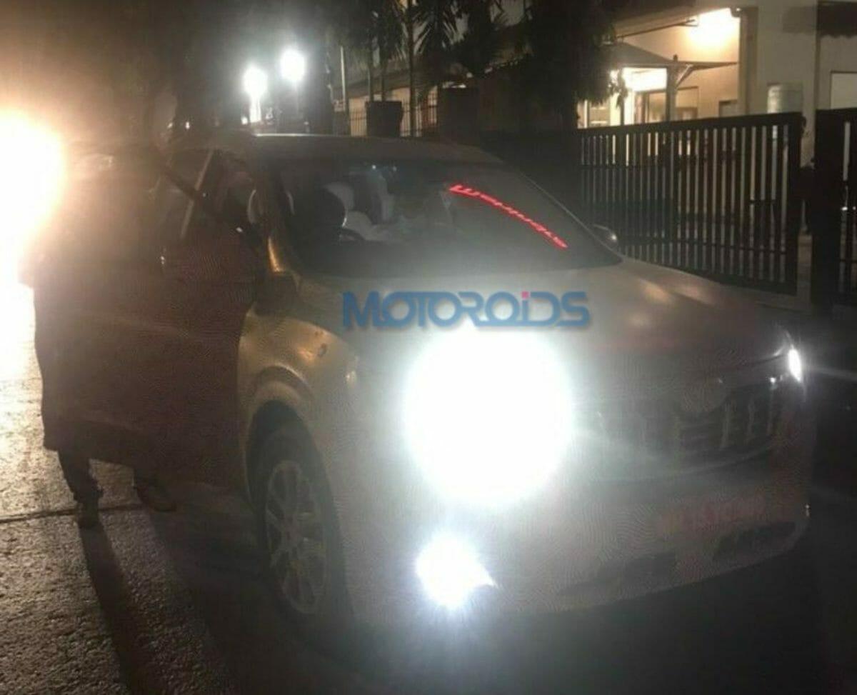 Mahindra XUV 500 spied