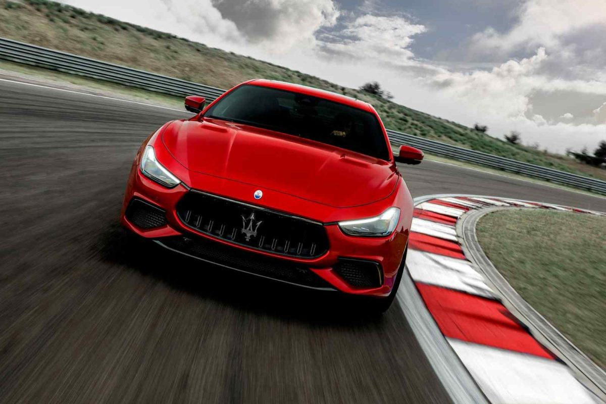 Maserati Ghibli front end (1)