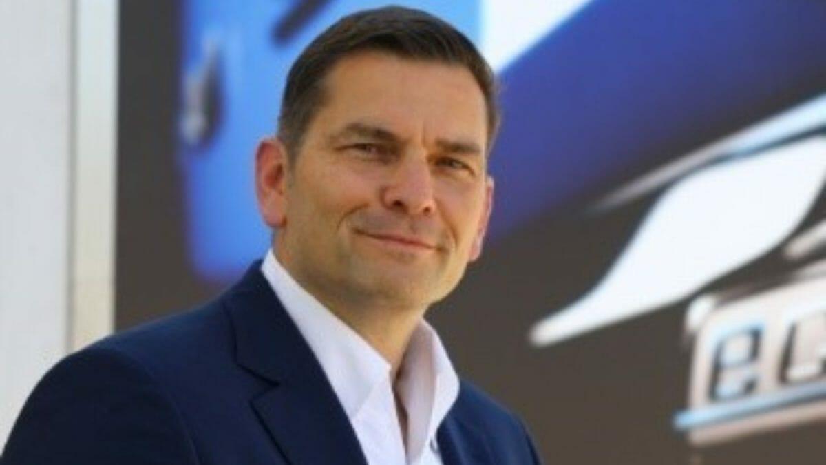 Mr Marc Llistostella