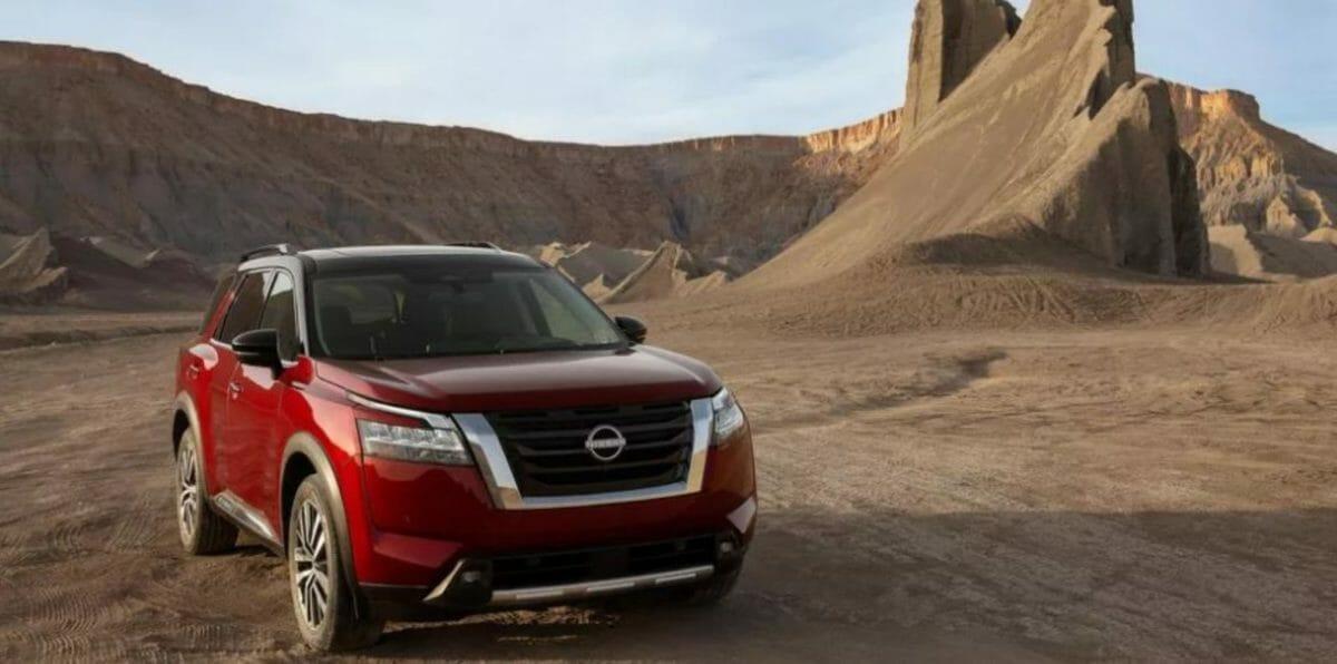 Nissan Pathfinder 2021 front 3 quarters