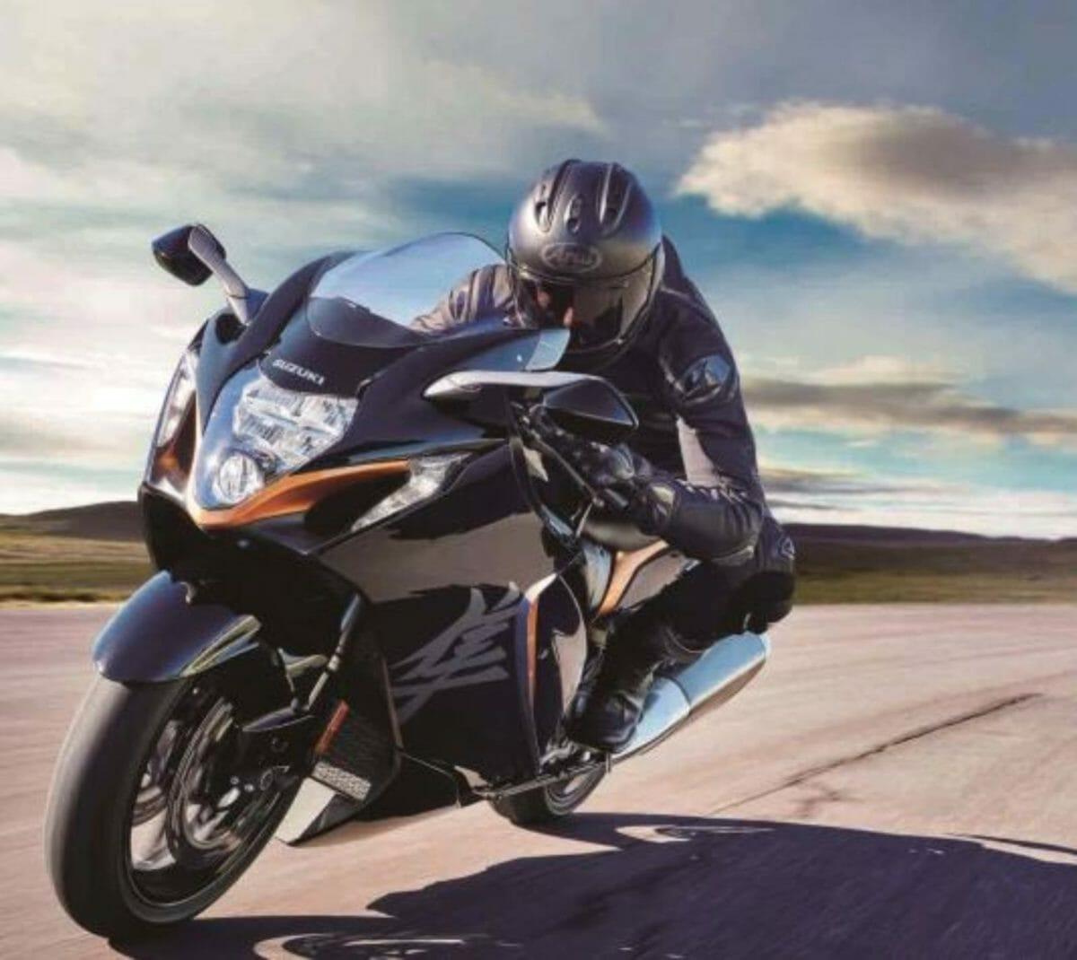 Suzuki Hayabusa 2021 rider