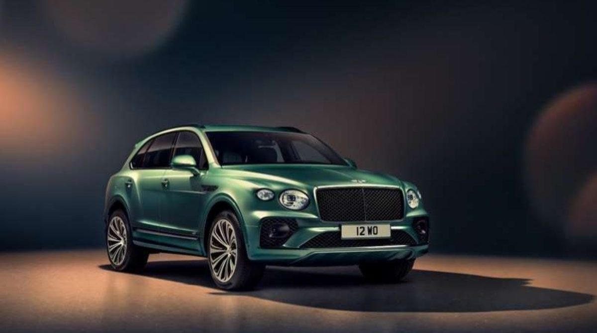 Bentley Bentayga facelift front 3Q