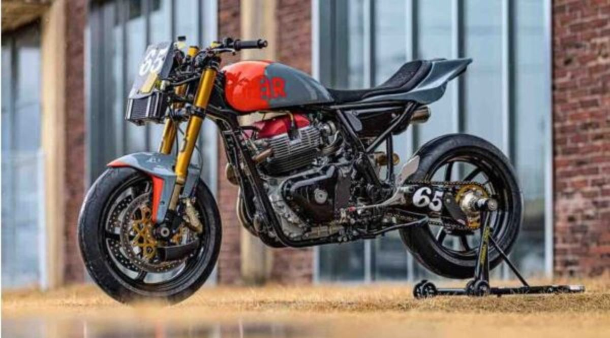 Custom RE Continental GT 650 RS 1