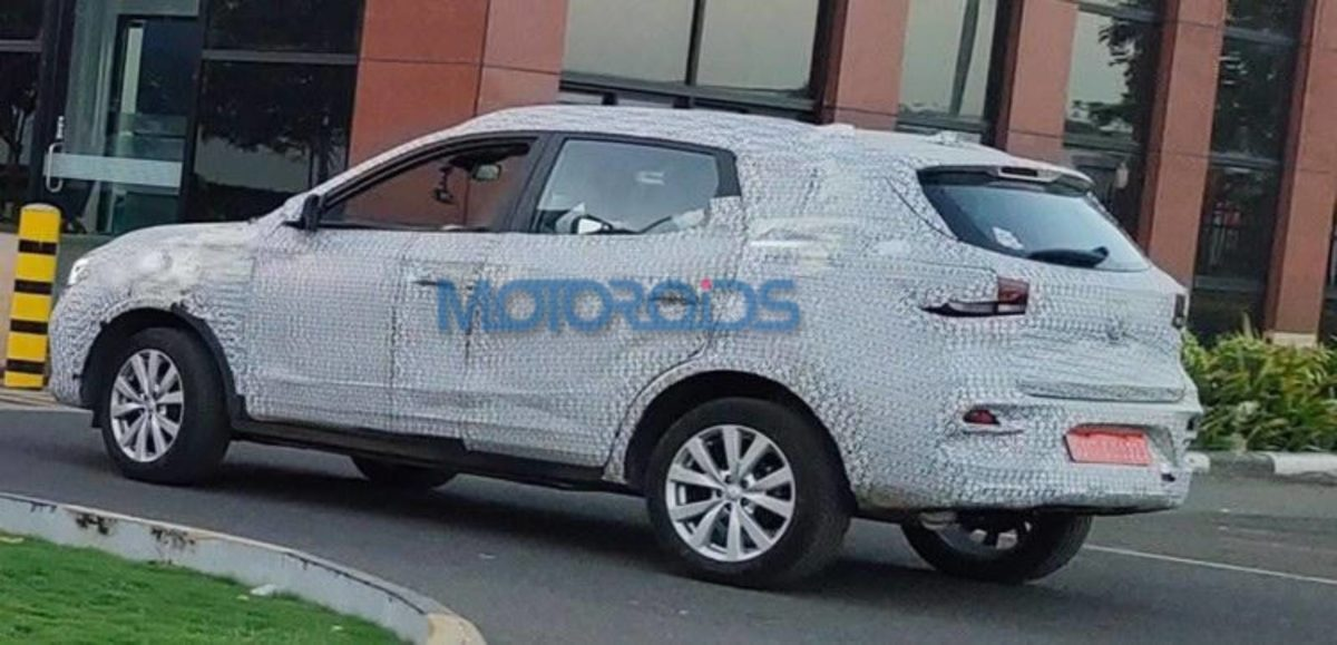 MG ZS Spied (1)