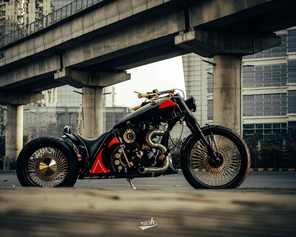 Neev Motorcycles Queen