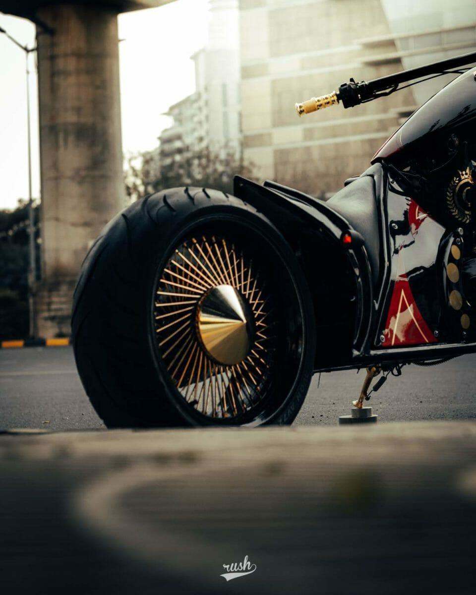 Neev Motorcycles Queen (2)