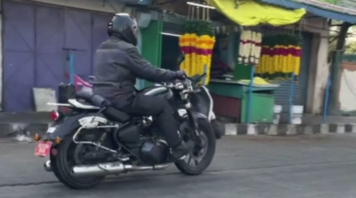 RE 650cc cruiser spied again