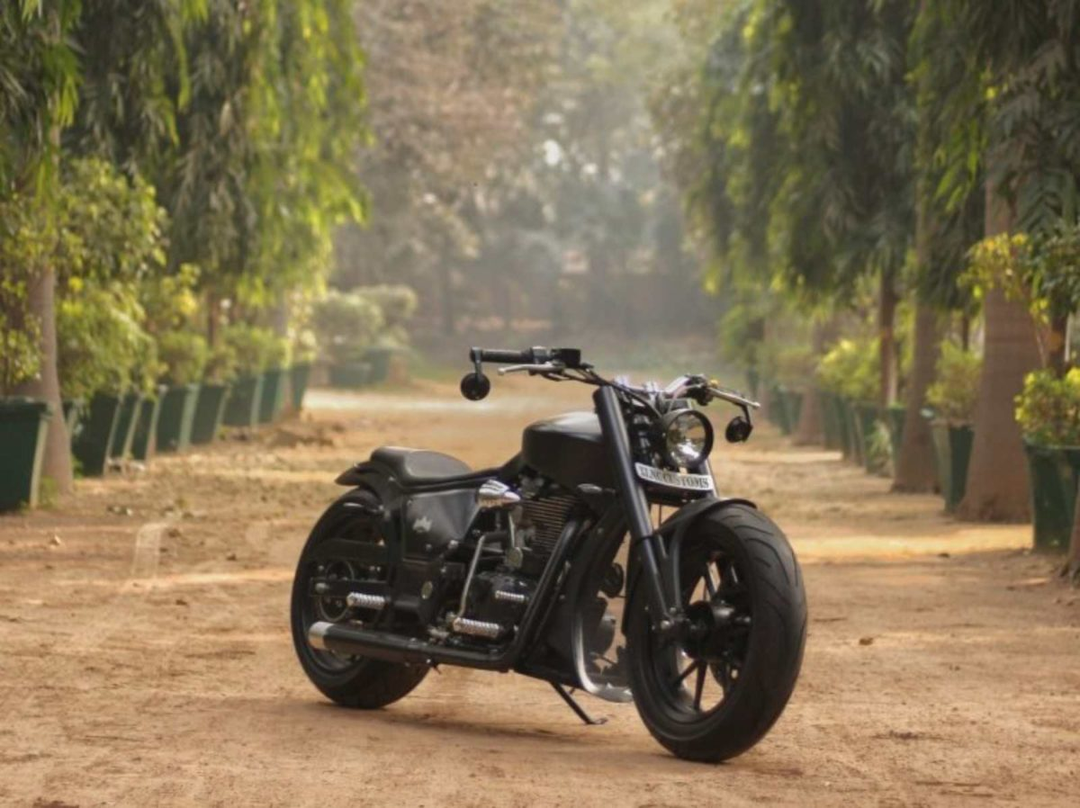 Royal Enfield Classic 350 Modified Xlnc customs (1)