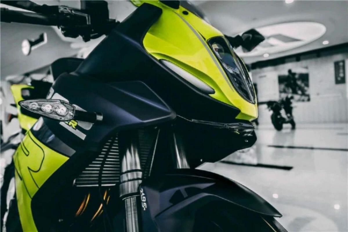 2021 Benelli 302R unveiled (1)